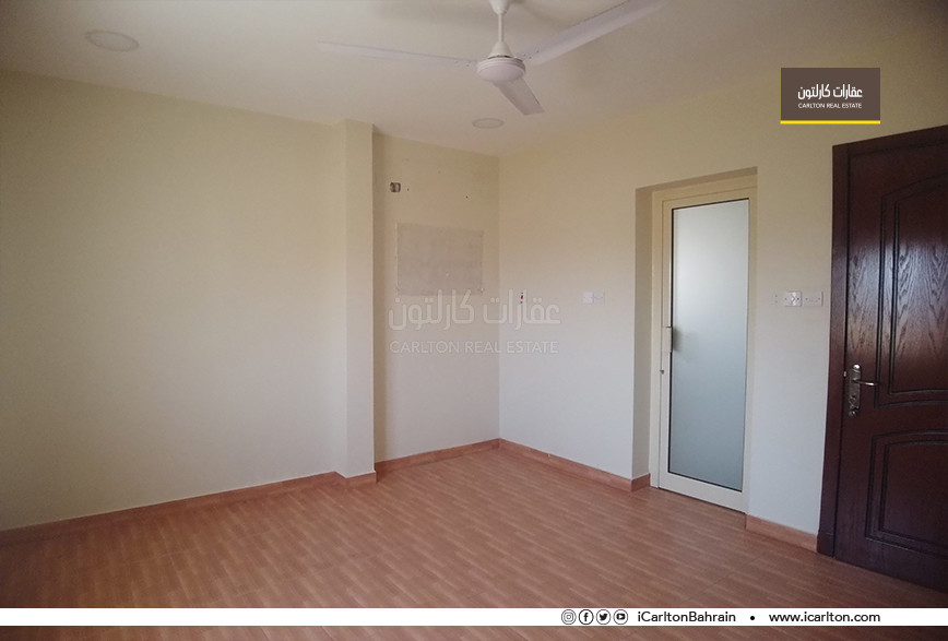 SPACIOUS AND WELL MAINTAINED FLAT FOR RENT