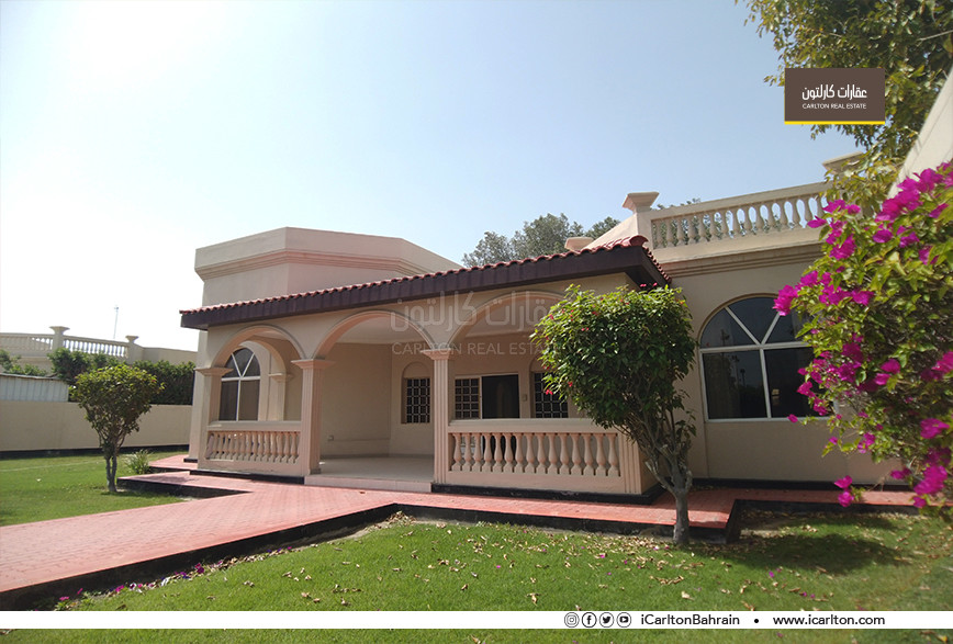 NEAT VILLA WITH LARGE GARDEN & MAIDS ROOM