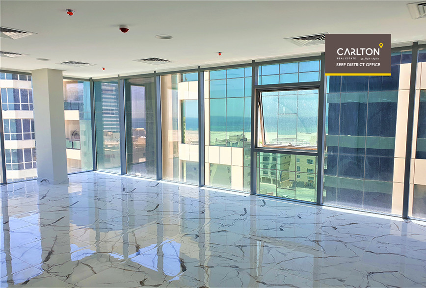 Brand new offices / sea views / Security