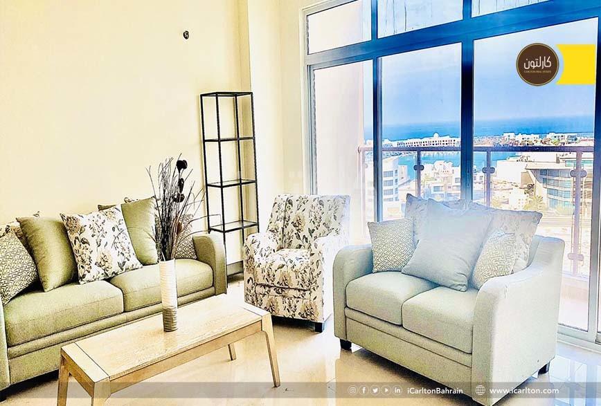 Spacious & upscaled Apartment w/ Sea View