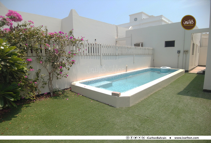 LOVELY ONE STORY VILLA WITH PRIVATE POOL