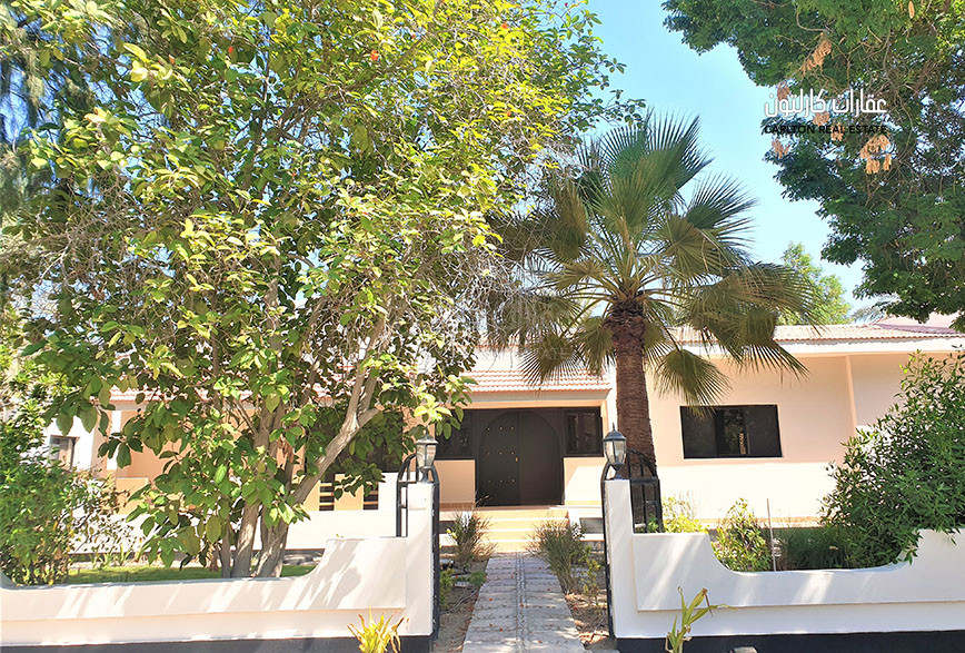 Beautiful garden 3 Bed room villa with facilities