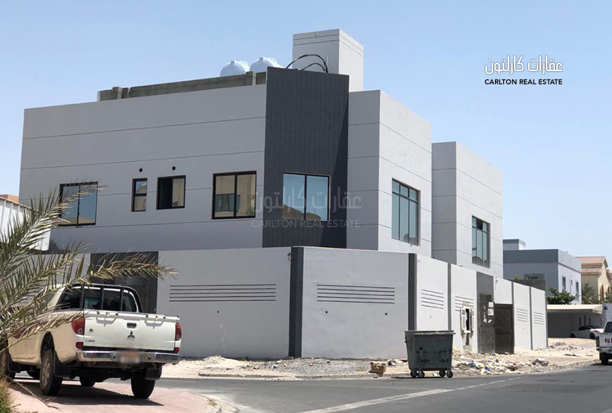 Spacious Villa with Swimming Pool in Hamad Town