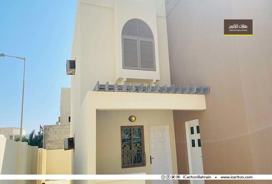 Two storey Villa - Near Establishments