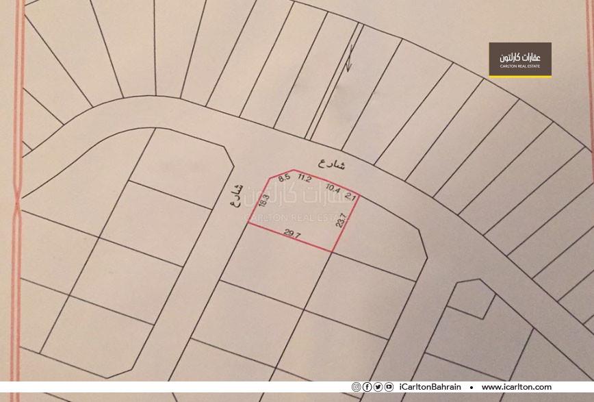 Residential land in two corner streets in Amwaj **