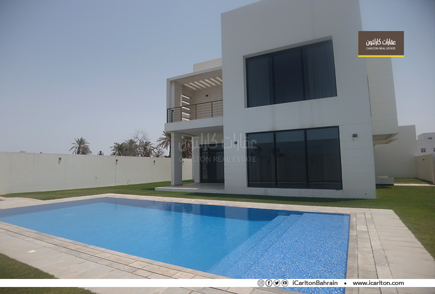 MARVELOUS HUGE VILLA WITH GARDEN AND POOL