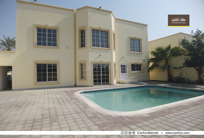 TALL CEILINGS VILLA WITH POOL IN COMPOUND