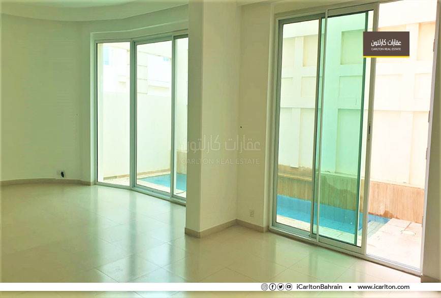 Extremely Spacious, Private and Prime Location