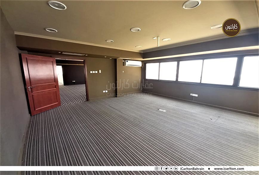 Large office space in Diplomatic Area