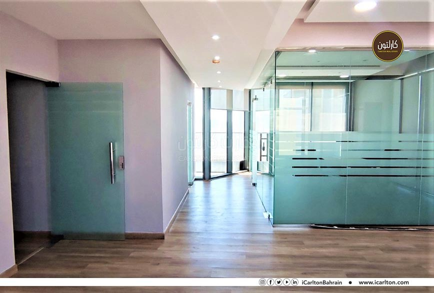 Brand new office space/ Balcony/ INC SVC charge