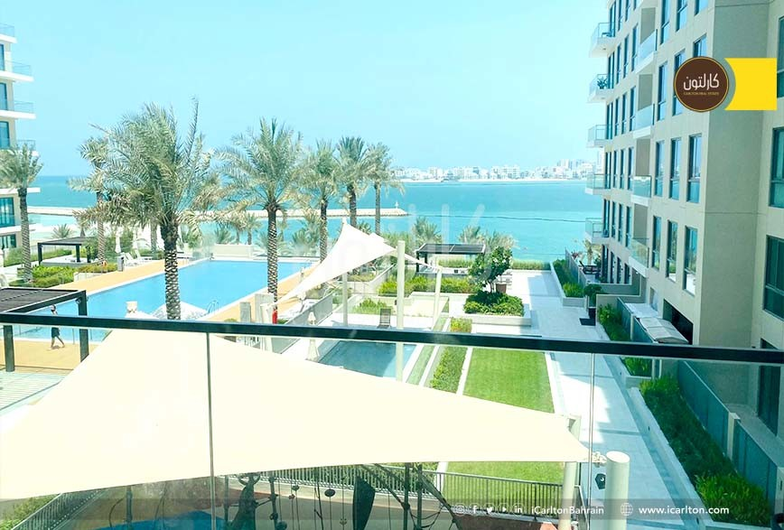 Beach Front & Access- 2 BR Flat up for Grabs