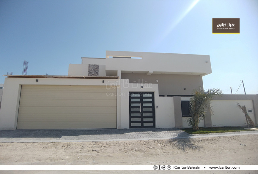 BRAND NEW VILLA WITH GARDEN AND TERRACE!