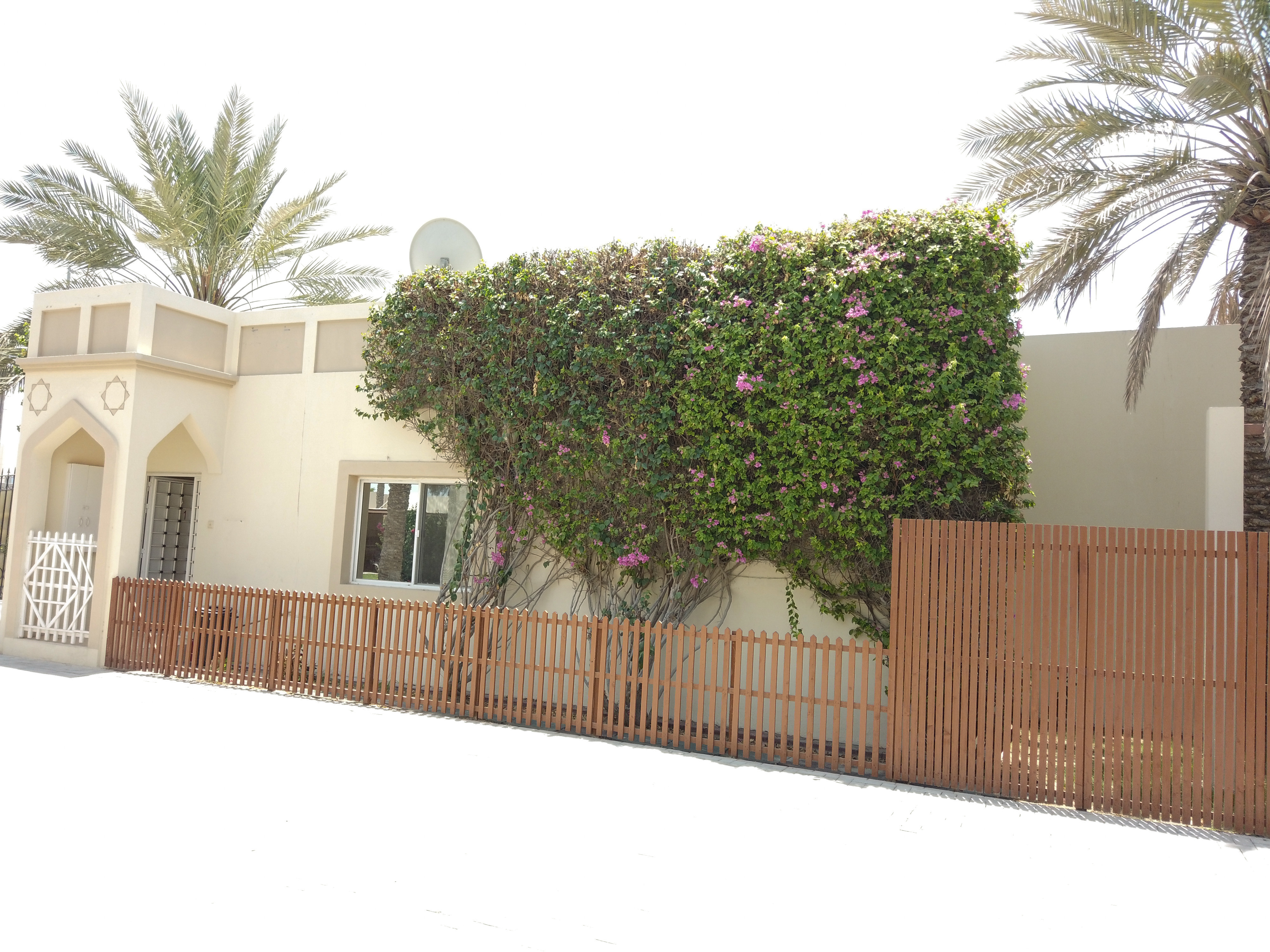 FURNISHED ONE BEDROOM VILLA IN COMPOUND!