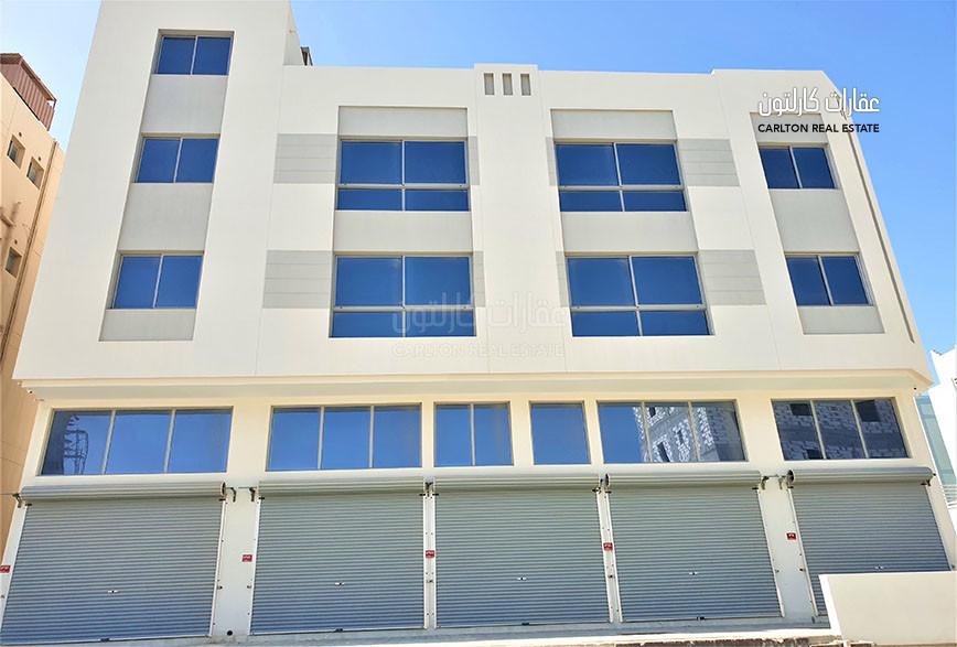 New Shops W/ Mezzanine + 5 flats staff ACC