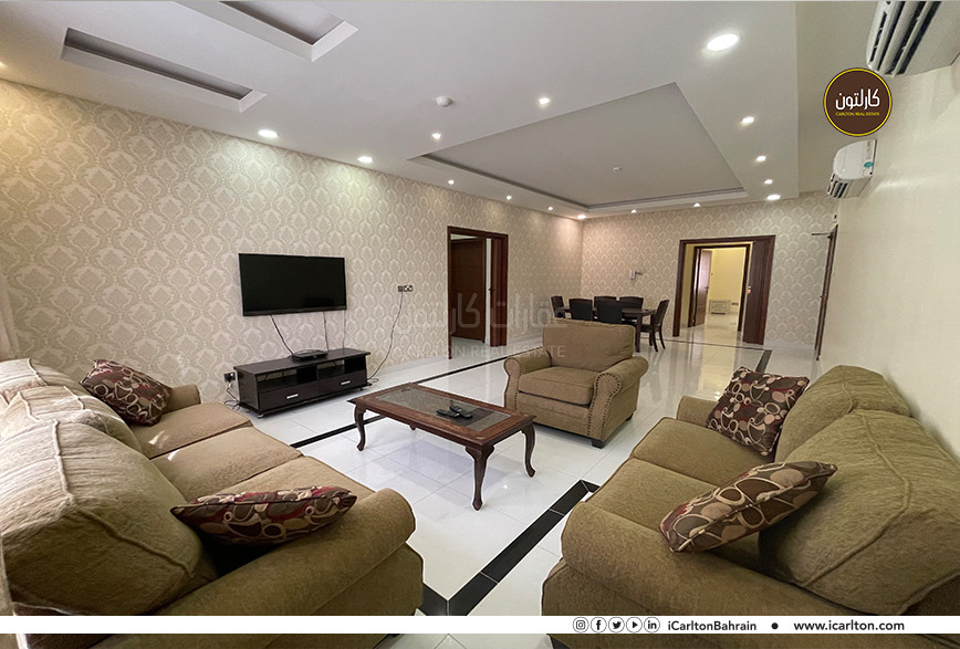 SPACIOUS AND ELEGANT APARTMENT FURNISHED