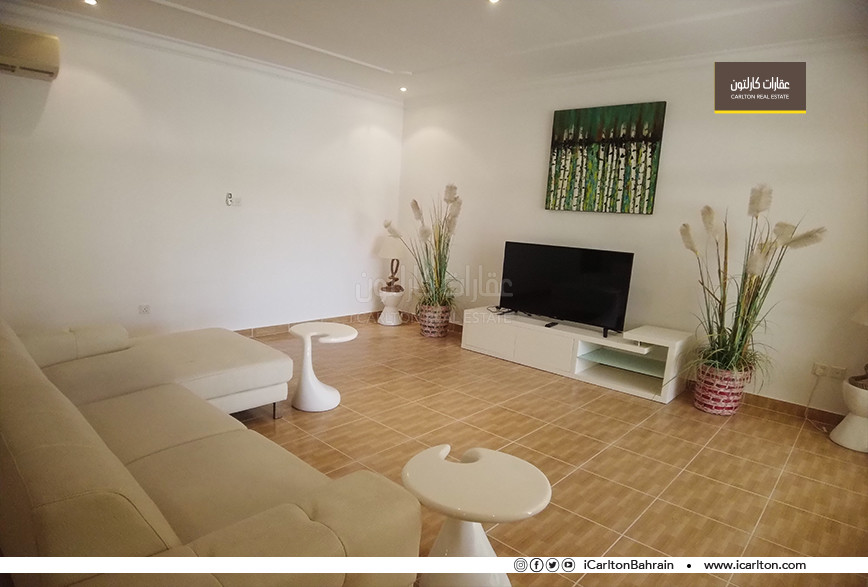 SPACIOUS FLAT WITH BACKYARD│PETS FRIENDLY